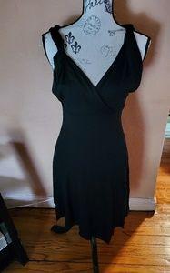 Black sleeveless twist shoulder dress
